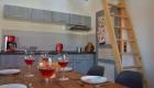 Ferienwohnung Hoflößnitz - Küche und Essbereich